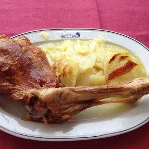 Restaurante-asador-Alto-del-leon-guadarrama-racion-de-cordero